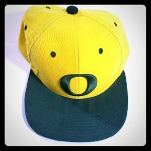 Oregon DUCKS SnapBack O Adjustable Yellow Green